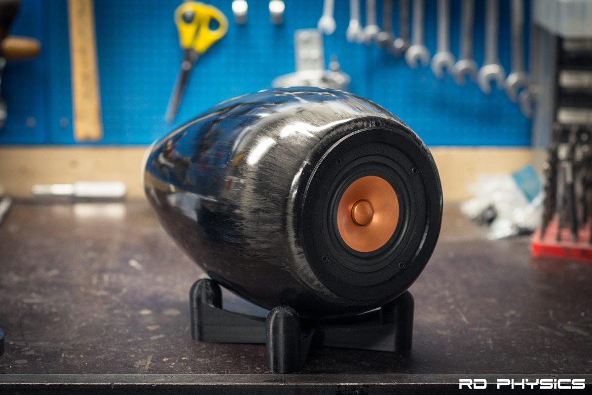 Carbon fiber loudspeaker